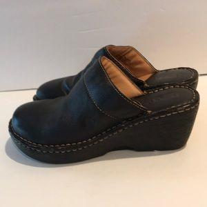 Born Clogs Black Size 7 (38)
